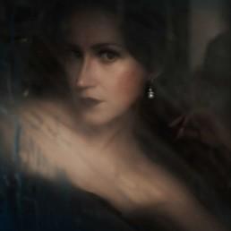 A photo of the artist Ksenia Parkhatskaya glass