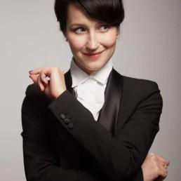 Ksenia Parkhatskaya solo jazz, swing, 20s charleston dancer, choreographer, singer