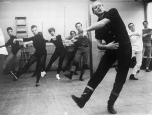 Bob Fosse modern broadway jazz dancer