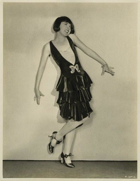 Colleen Moore famous flapper outfit in 1920's