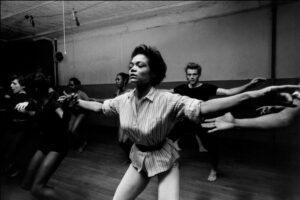 Eartha Kitt modern jazz dancer